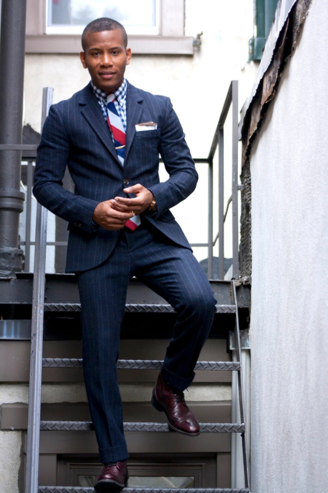 Men's Style Pro- Navy Suits and Leather Shoes Styling