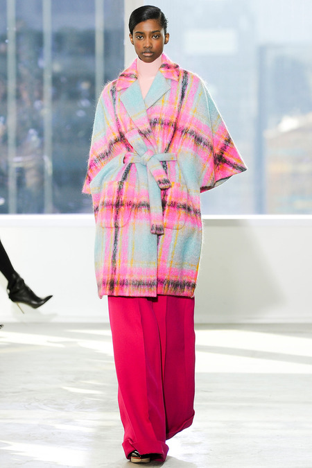 Delpozo Plaid Look